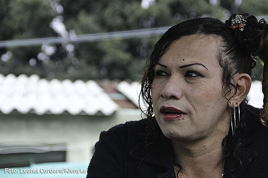Transexual guerrillero-01