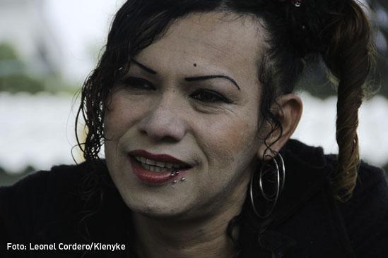 Transexual guerrillero-02