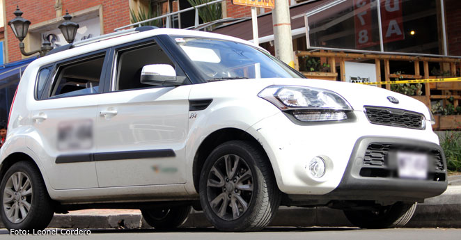Arranca el 'pico y placa' para los carros de placas blancas en Bogotá