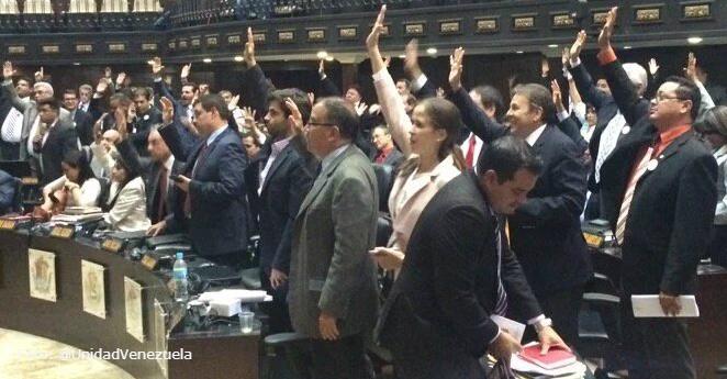 Asamblea venezolana aprobó amnistía para presos políticos
