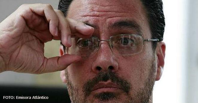 """El ojo de Mauricio Vargas, """"mientras  el país se desbarata"""""""