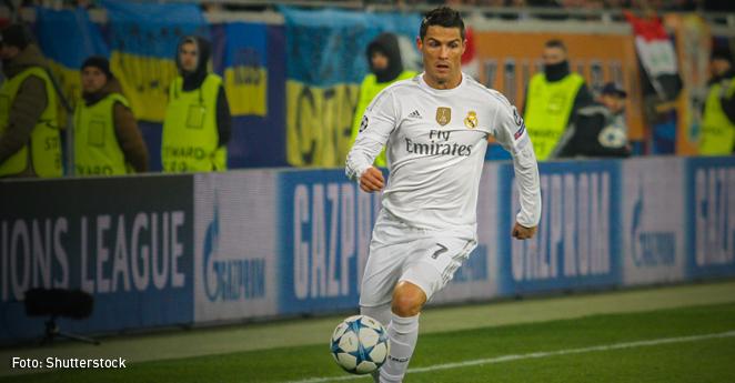 Real Madrid golea al Sevilla y acaricia el título