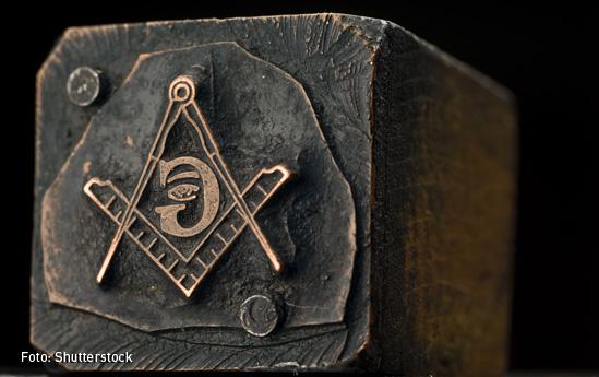 Masones-01