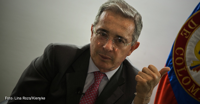 Alt Álvaro Uribe Velez-Lina Rozo-02