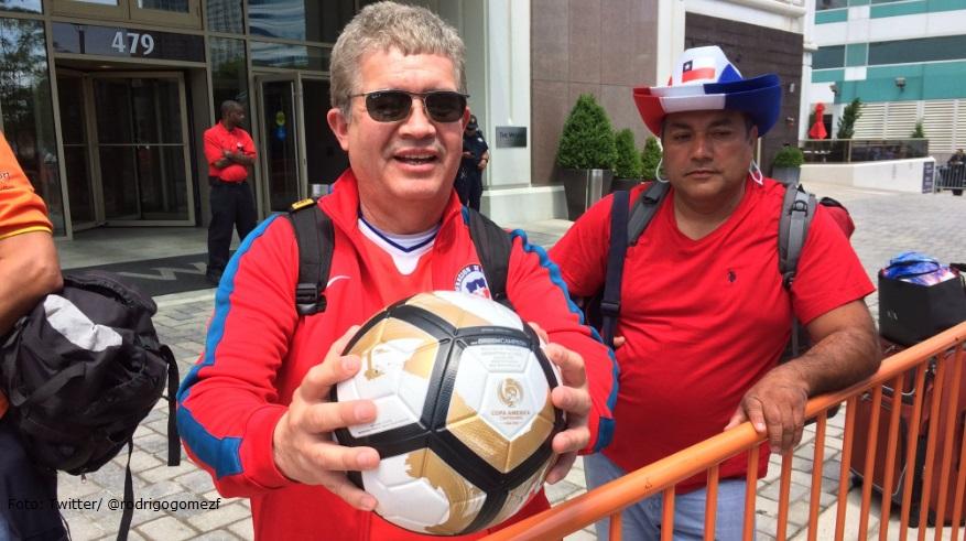 Hasta 60.000 dólares ofrecen por el balón del penal fallado de Messi