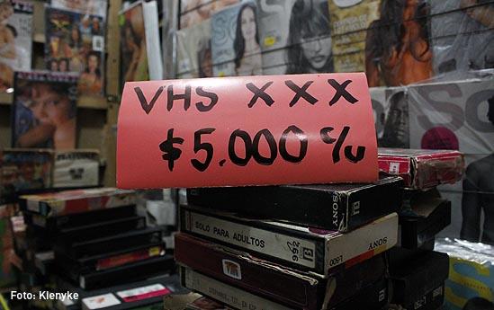venta de revistas porno-01