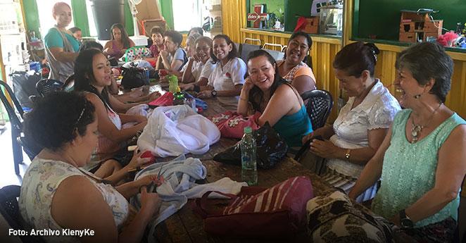 Hilos de superación y amor en el Costurero de Comfenalco Antioquia
