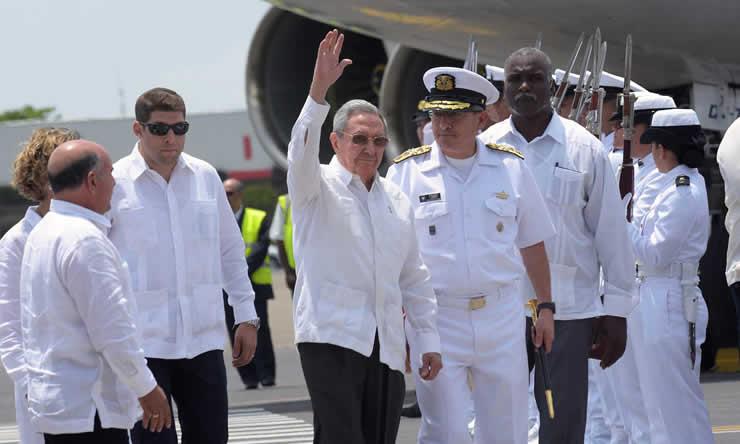 Alt_ Raul Castro
