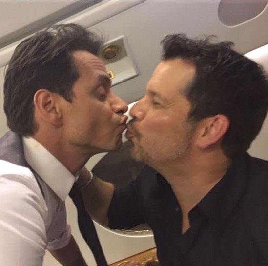 Alt_ Marc Anthony beso 4