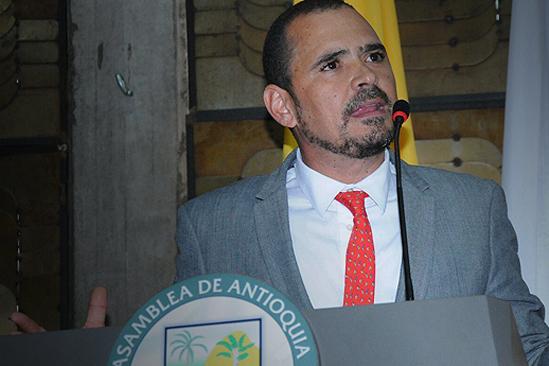 Capturan a Sergio Zuluaga, contralor de Antioquia