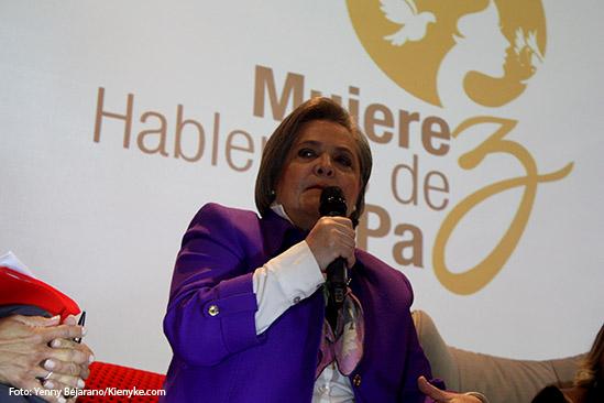 Alt_ Clara Lopez Foro de Mujeres