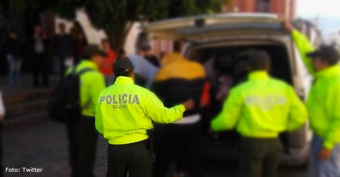 Asegurados presuntos agresores de patrullero en estación Transmilenio