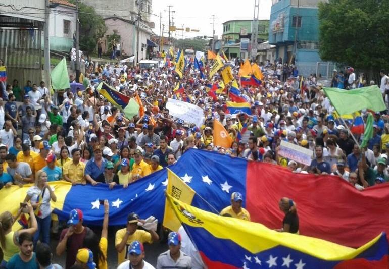 Oposición venezolana convoca nueva marcha el 26 de abril