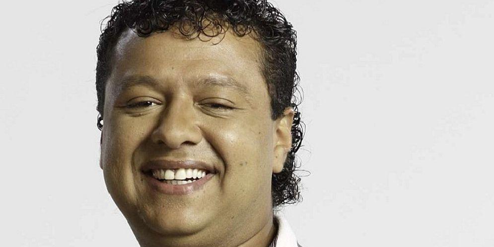 Rafael Santos se desmaya en el homenaje a Martín Elías