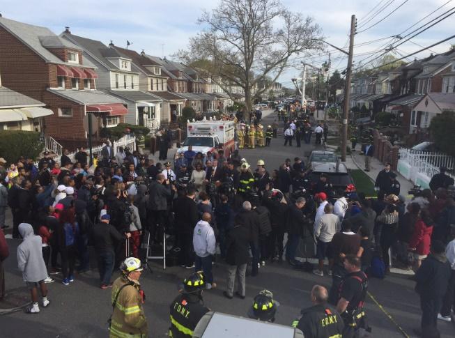 Al menos cinco fallecidos tras incendio en Nueva York