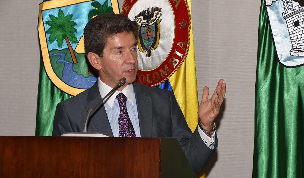 Aprobación a la gestión de Luis Pérez subió al 77%