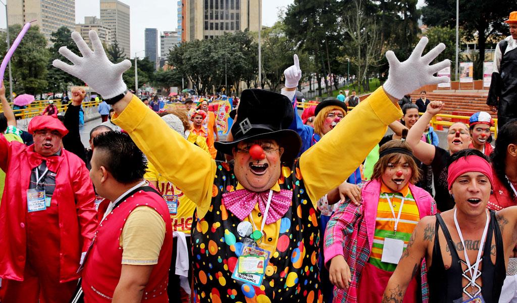Así fue la marcha de los payasos en Bogotá