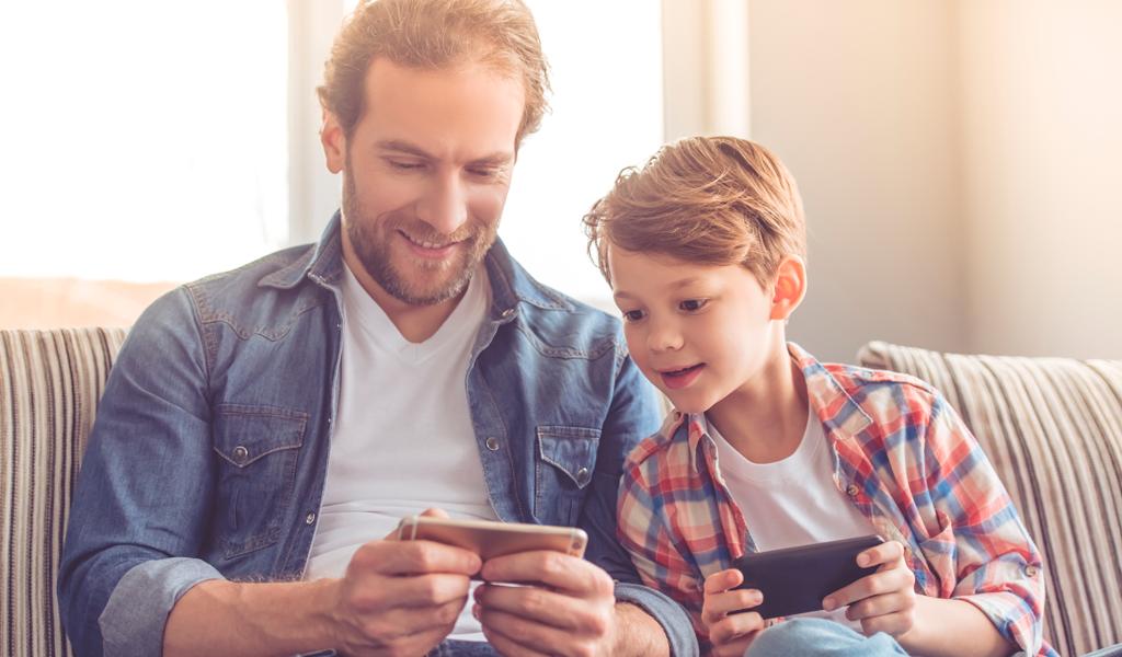 5 aplicaciones para saber que está haciendo su hijo en la web