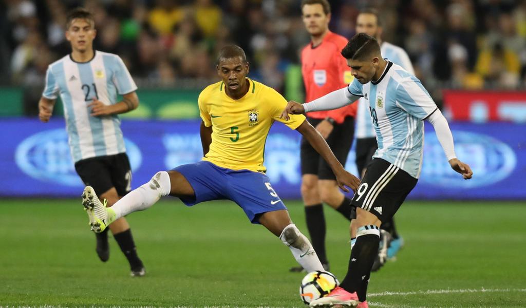 Jorge Sampaoli debuta con victoria ante Brasil