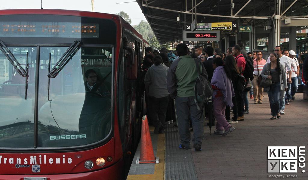 ¿Cuánto le cuesta a Bogotá los colados en Transmilenio?