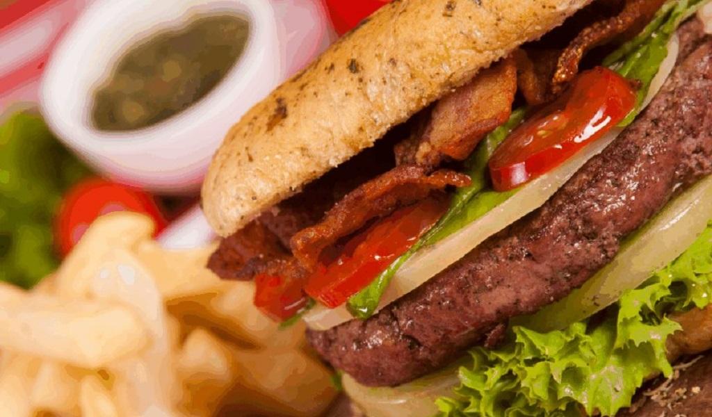 El Burger Master puso las hamburguesas a 10.000 en Medellín