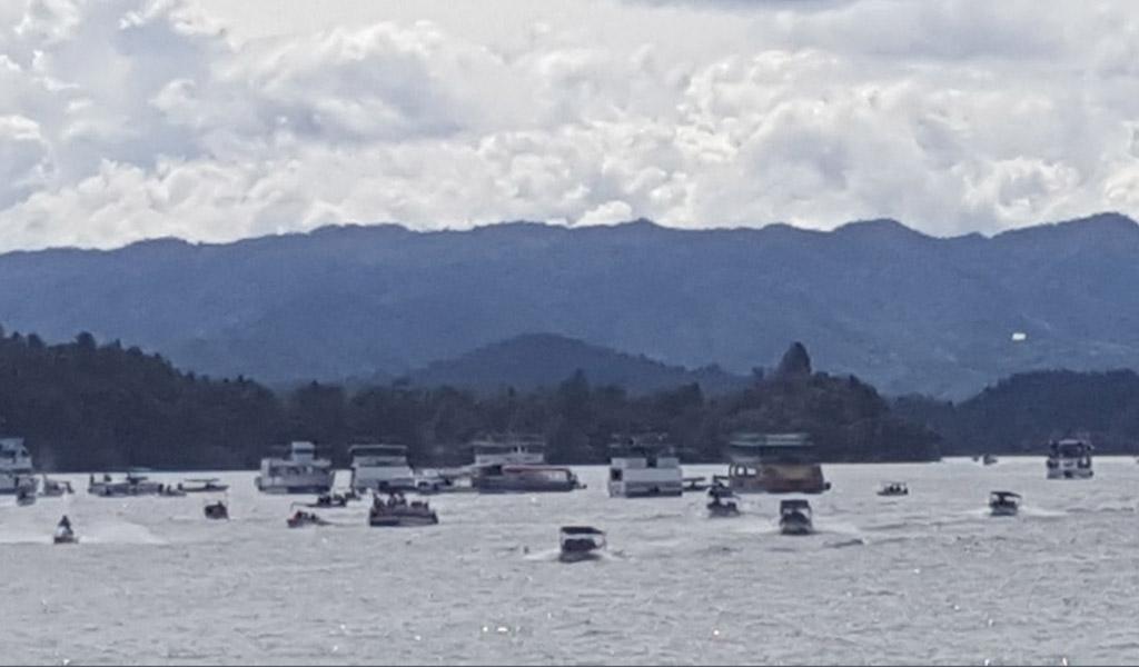 Nueve personas fallecidas deja hundimiento en Guatapé
