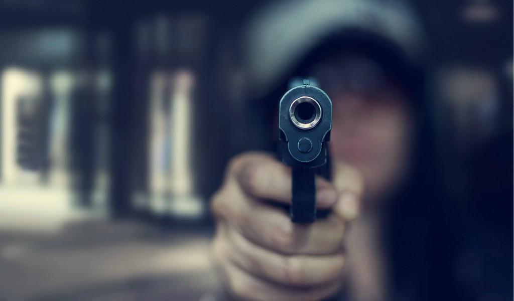 Hombres disfrazados de policía robaron carro de valores