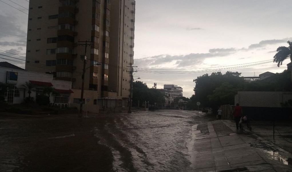 Caos por las lluvias en Barranquilla