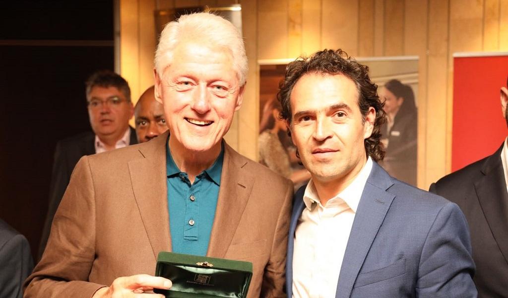 Bill Clinton recibió las llaves de Medellín