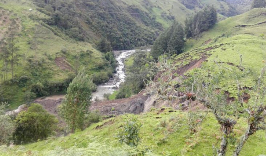 Alerta en Cundinamarca por deslizamiento en La Calera