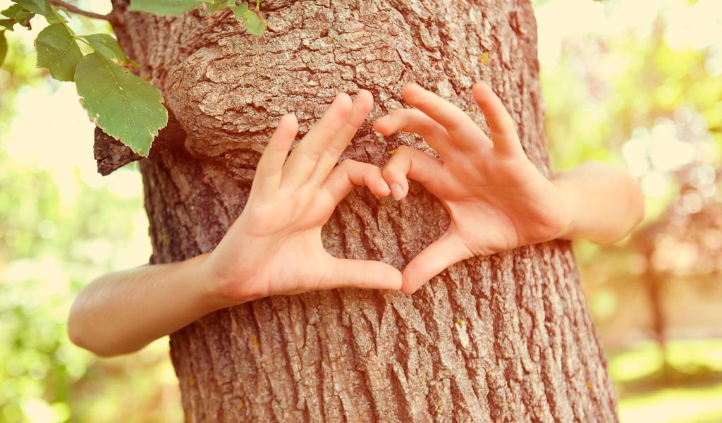 Ecosexualidad: Una práctica sexual que convierte a la tierra en amante