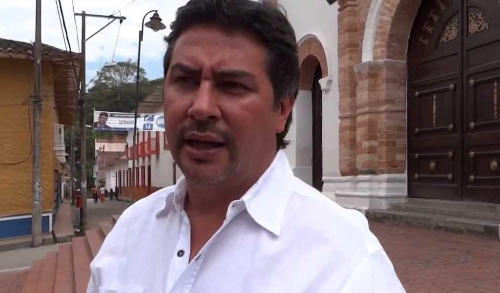 Alcalde de Barbosa se disculpó por agresión a policías