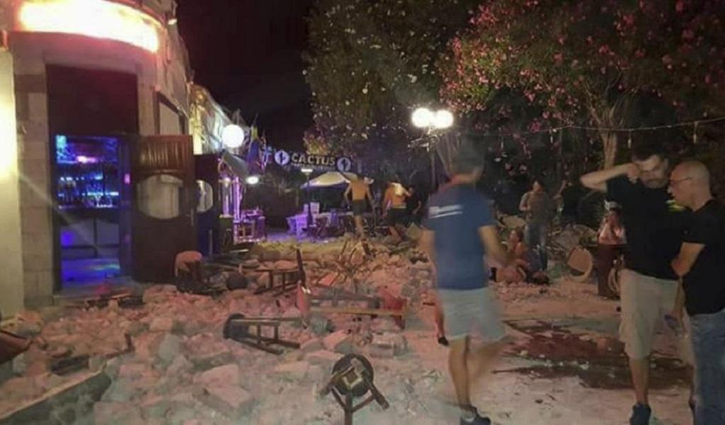 Más de 100 heridos por terremoto en Grecia
