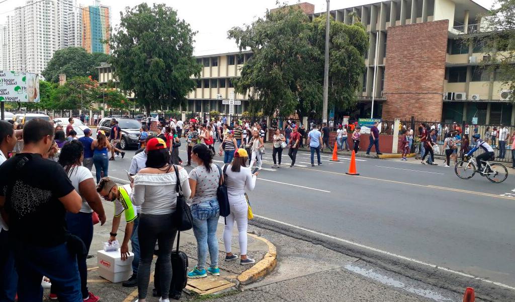 Oposición venezolana convoca paro cívico