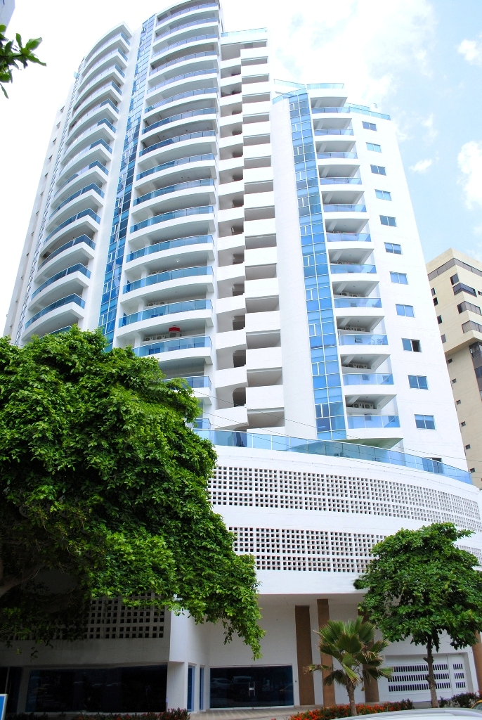 Amigos empujaron a hombre que cayó de un quinto piso en Cartagena