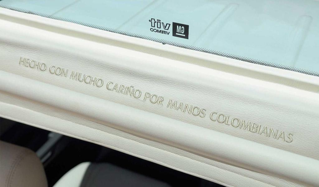 General Motors hace entrega oficial de los papamóviles colombianos
