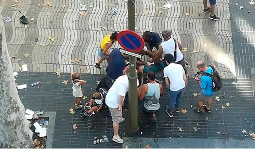 twitter.com / atentado en Barcelona