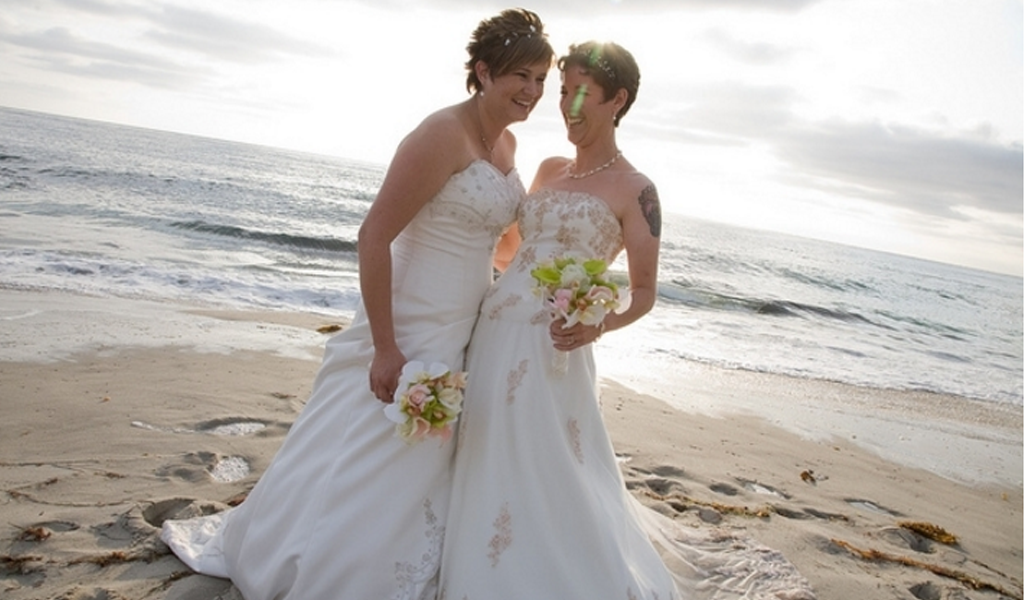 715 matrimonios gais