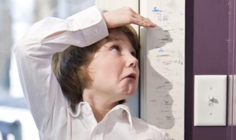 Expertos: Estatura baja en niños tiene solución si se detecta a tiempo