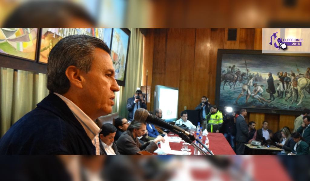 Rubén Darío Lizarralde lanza su precandidatura presidencial.