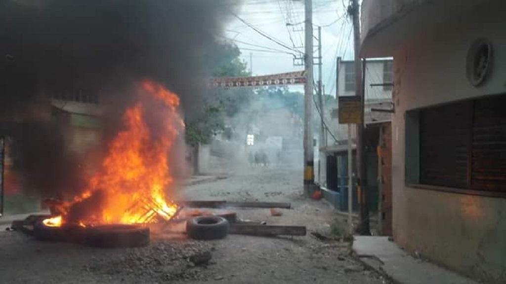 MinMinas y Gob. de Antioquia buscan salidas al paro minero