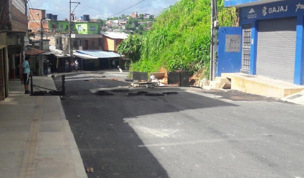 Fuerza pública retoma control sobre vías de Segovia