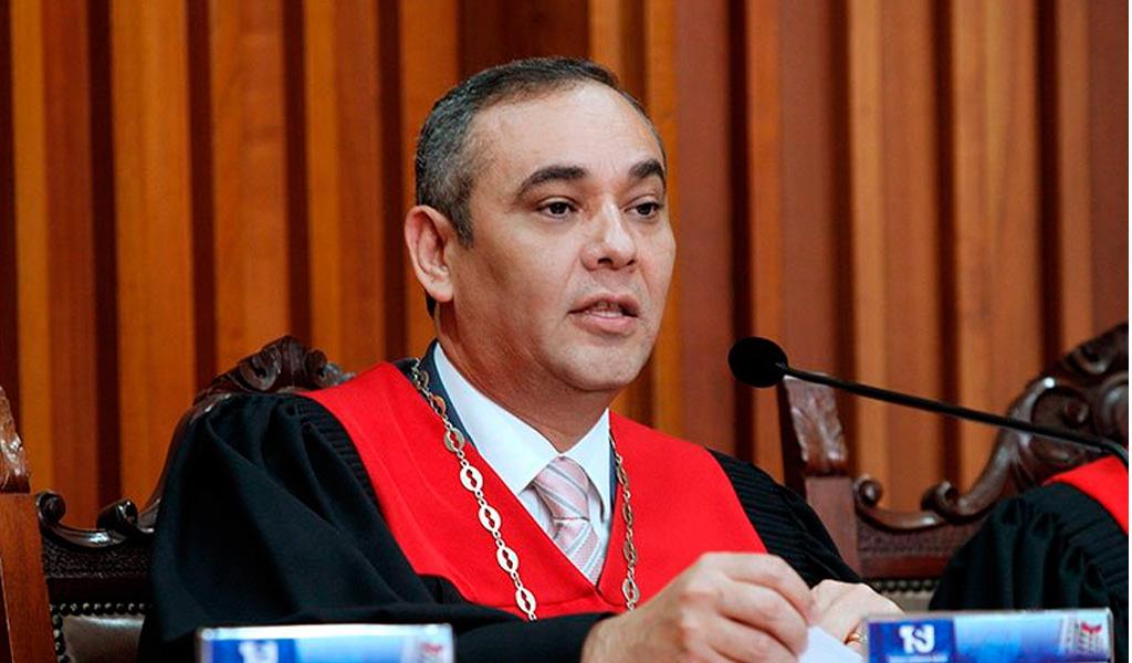 Chavismo propone castigar duramente los delitos de traición a la patria