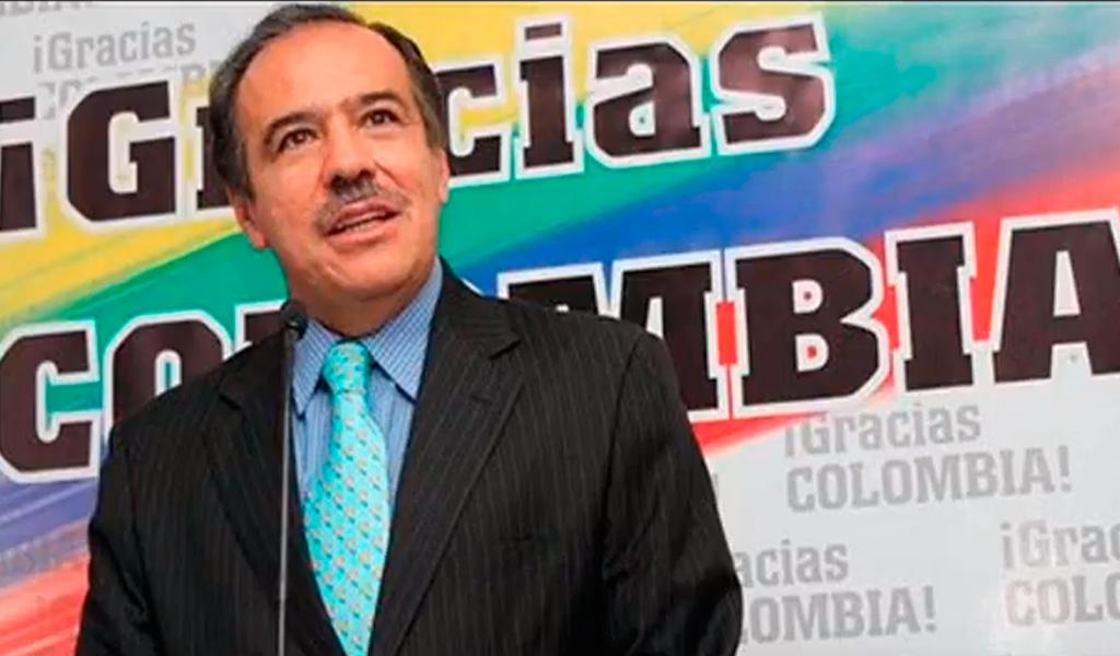 ¿Por qué investigan al exministro Miguel Peñaloza?