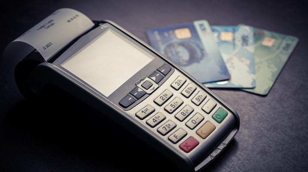 En pequeñas tiendas se podrá pagar con tarjeta