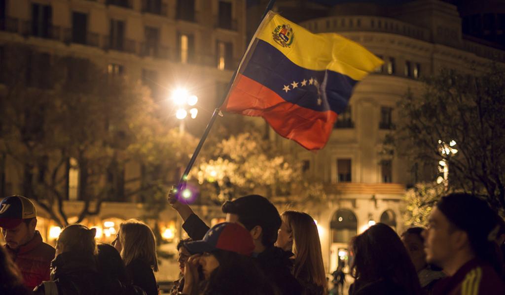 Colombia ofrece servicio de empleo a venezolanos