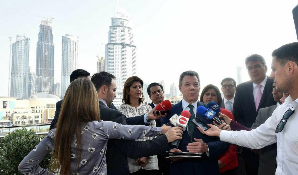 Presidente Santos concluye visita en Emiratos Árabes