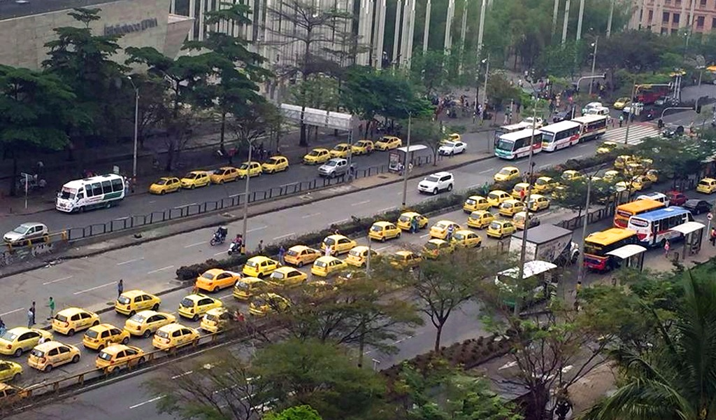 Comenzará a regir nuevo pico y placa para taxis en Cali