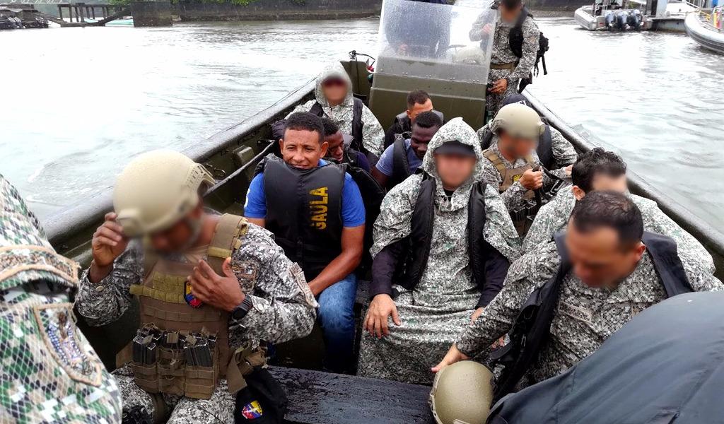 Miembros de la Armada colaboraban con grupos ilegales