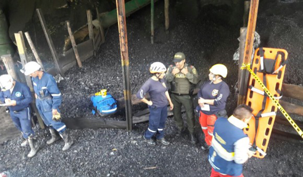 Explosión en una mina deja tres heridos